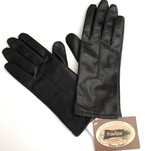 NWT Fownes gloves
